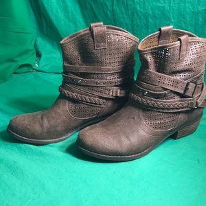 Not Rated Women's Ankle Boots Sz 9